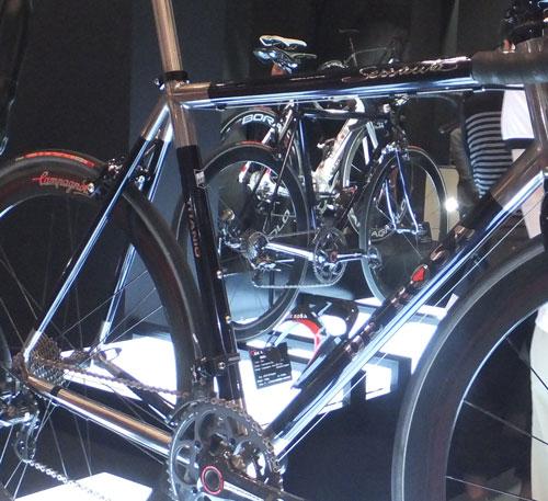 2013_11_4_cyclemode_de-rosa_titan