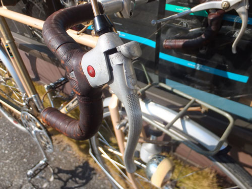 fuji-2015_2.safety-lever